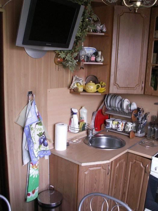 Кухня 6 кв. м: простой и функциональный дизайн (6 фото)
