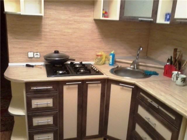 Дешевый ремонт угловой кухни своими руками (24 фото)