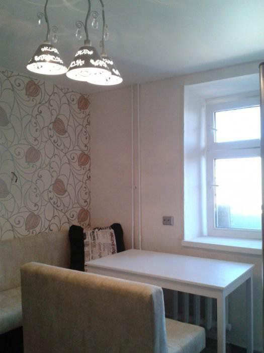 Угловая кухня 12 кв.м в однокомнатной квартире с вариантами расстановки мебели (19 фото)