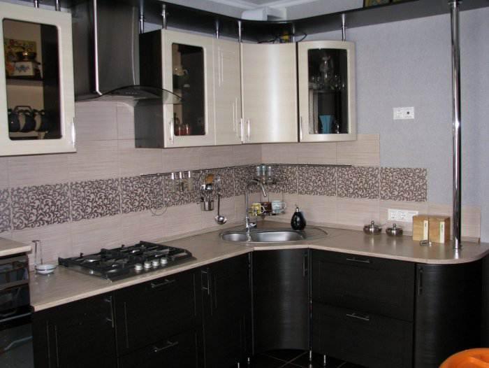 дизайн угловой рифленой кухни 11 квм с 3d эффектом в однокомнатной