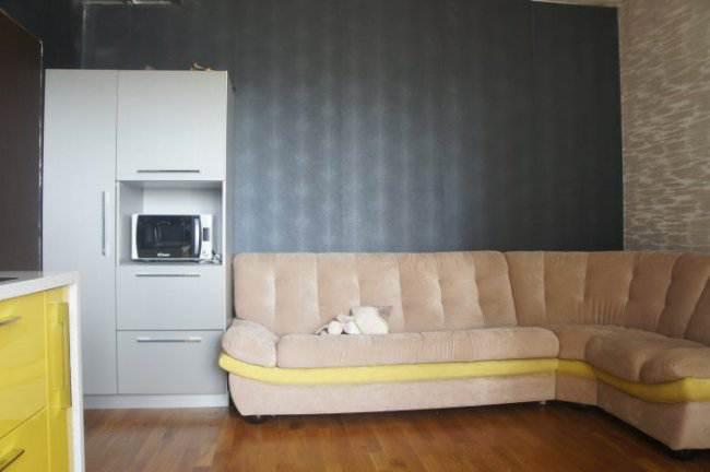 Дизайн оливковой кухни-гостиной 16 кв.м (6 фото)