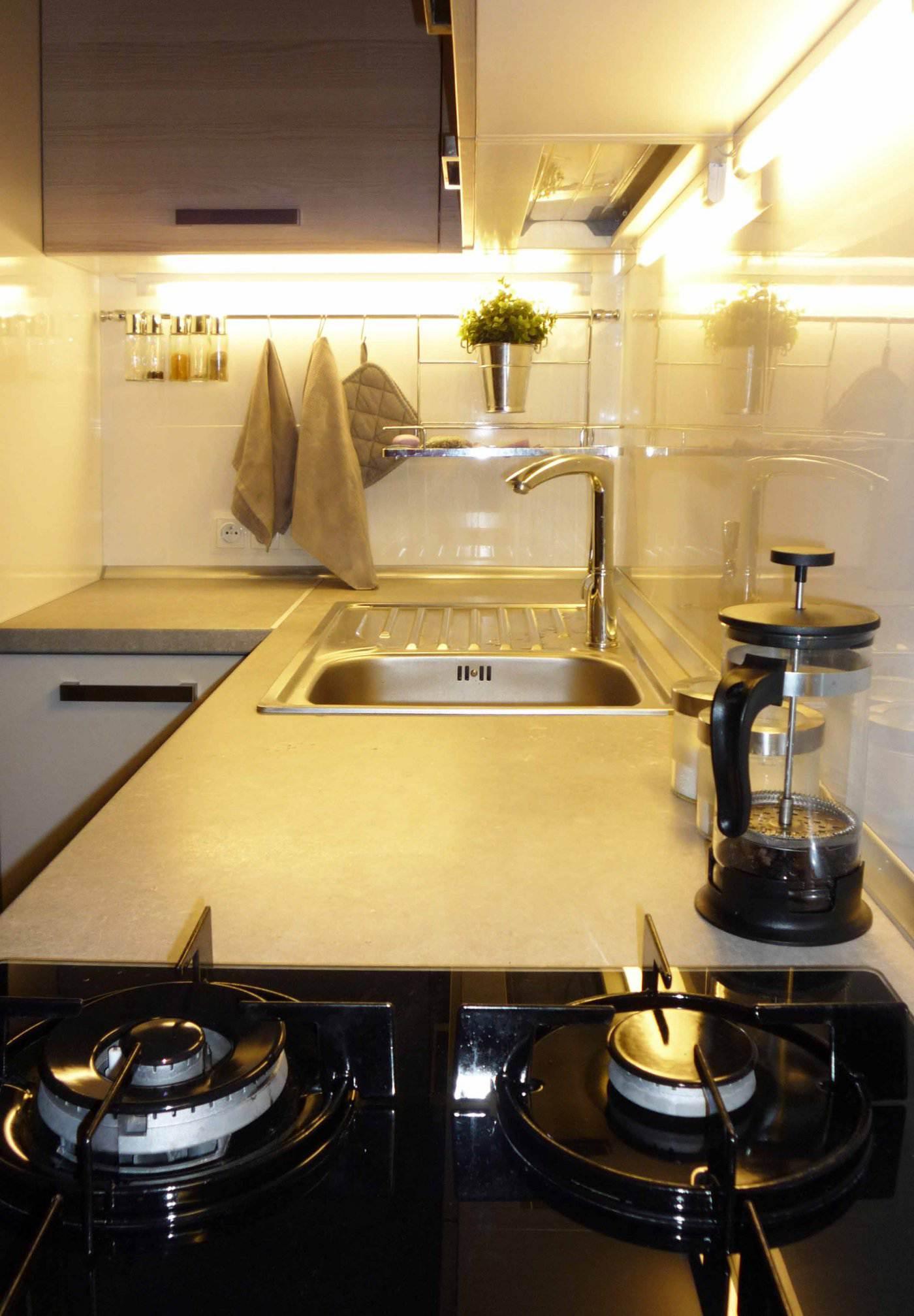Дизайн кухни сушка угловая