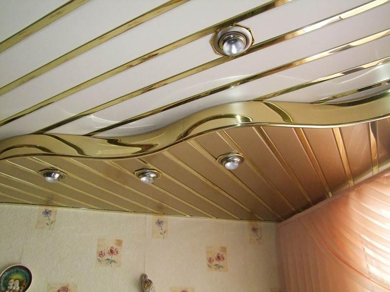 Монтаж потолка из пластиковых панелей фото