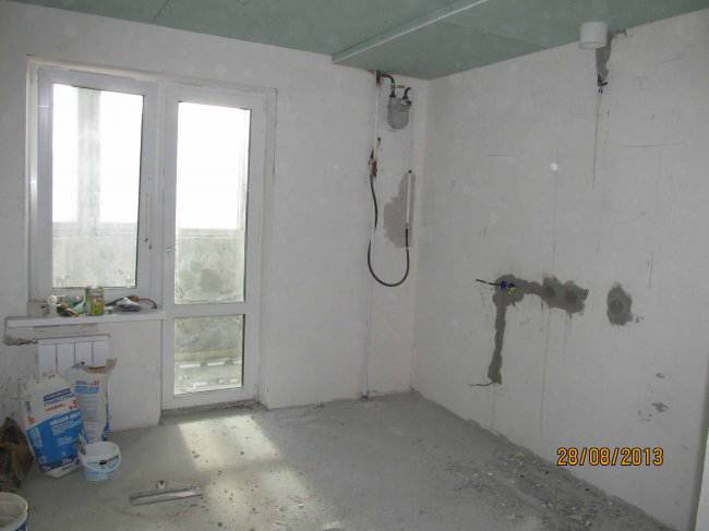 Ход ремонта и дизайн угловой черно-белой кухни в стиле модерн (22 фото)