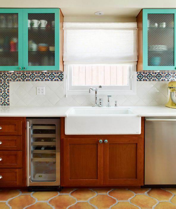 Фартук для кухни из МДФ: плюсы и минусы, как выбрать и ухаживать, фото примеры