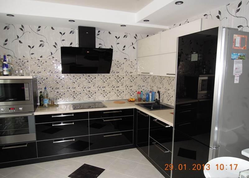 Дизайн кухни черно-белой фото