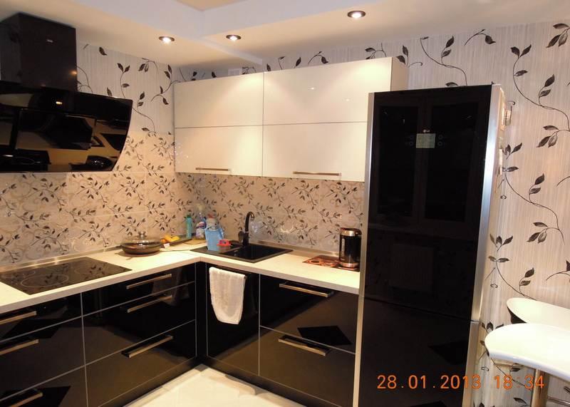 Современный дизайн кухни совмещенной с гостиной фото