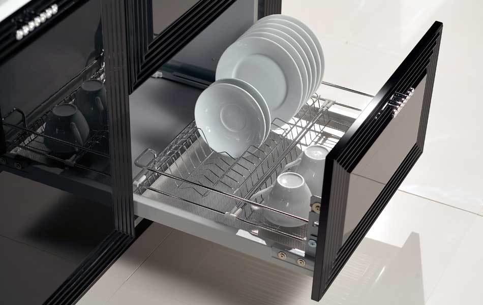 Дизайн кухни черной