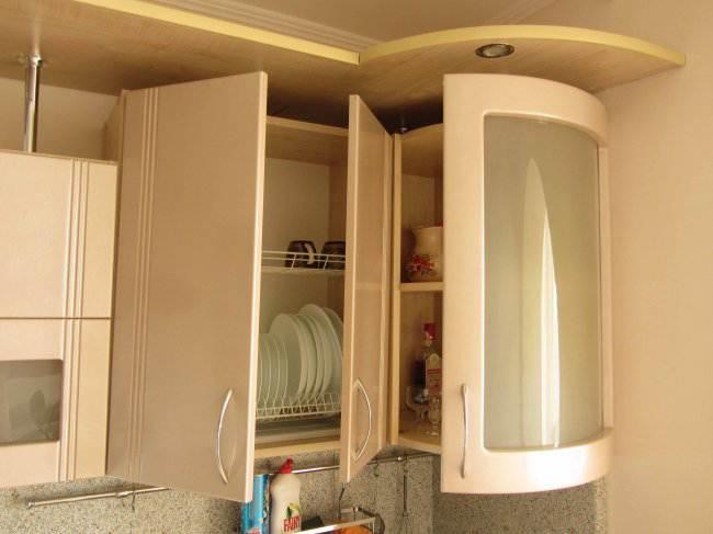 Дизайн кухни 7 кв.м, объединенной с балконом (24 фото)