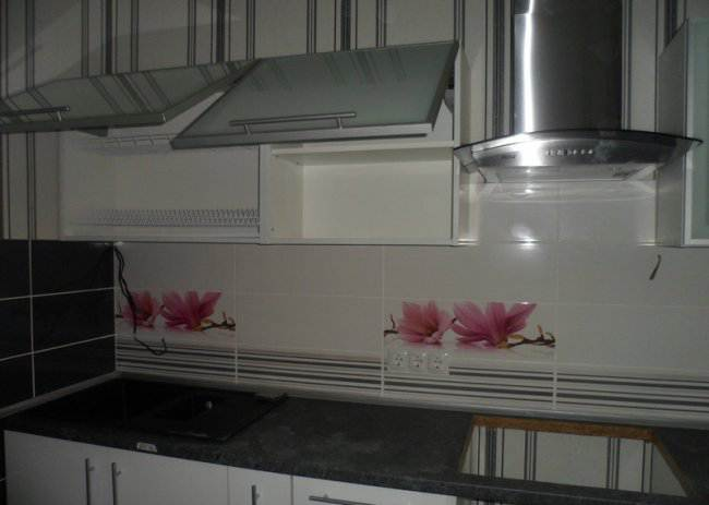 Стильная белая кухня (5 фото)