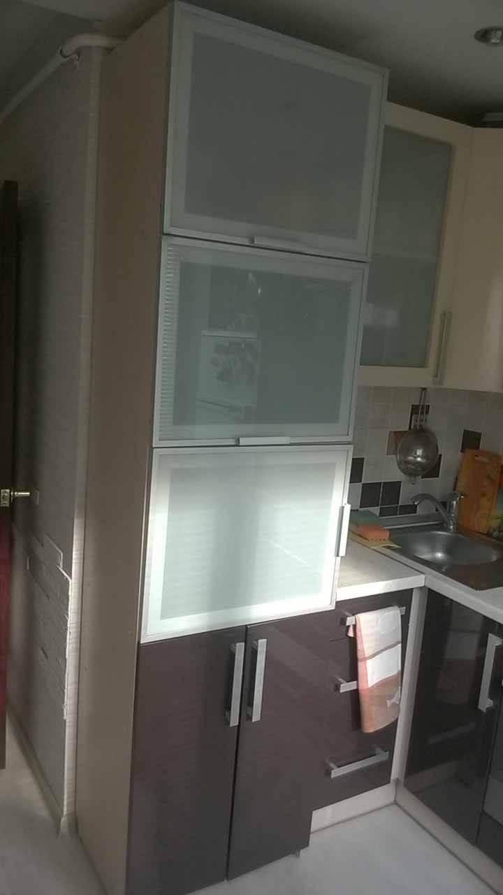 Дизайн кухни в 5 кв.м с холодильником