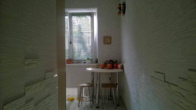 Контрастная кухня-малютка за 4500$ (14 фото)