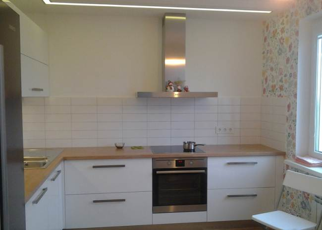 Угловая кухня в скандинавском стиле (15 фото)