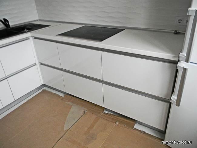 Белая глянцевая кухня 8 3 кв м за 6200 10