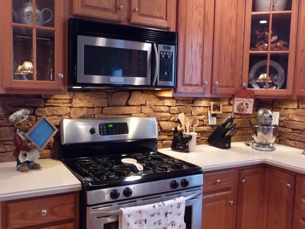 Из чего сделать фартук для кухни своими руками фото
