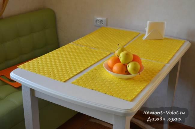 Прямоугольный раскладной стол из массива для кухни