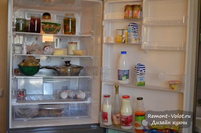 Холодильник PanasonicNR-B651BR-N4 внутри