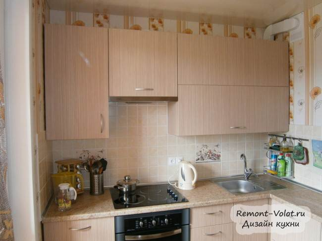 Кухня 7 кв.м из ДСП