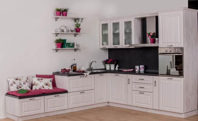 Фотоподборка кухонных гарнитуров из 5 популярных материалов