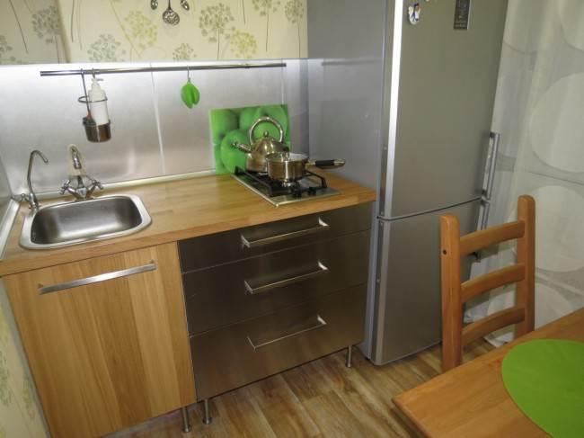 Кухонька 5 кв.м  с мебелью Икеа без верхних ящиков