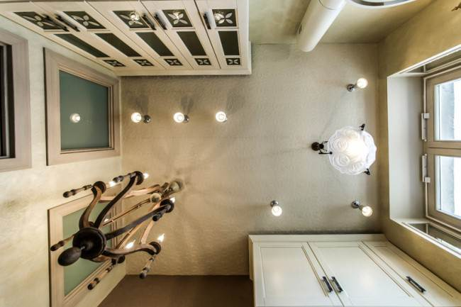 Дизайн кухни 14 кв м с мойкой у окна в Москве. Квартирный вопрос