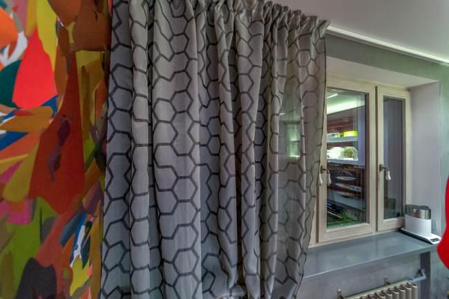Серебристо-серые шторы