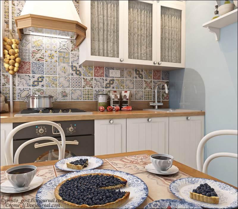 Красивый дизайн кухни в хрущевке: Дизайн маленькой белой кухни с холодильником в хрущевке