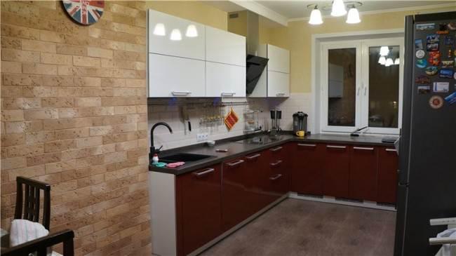 Красно-белая кухня Мария в Красноярске (3 фото + отзыв)