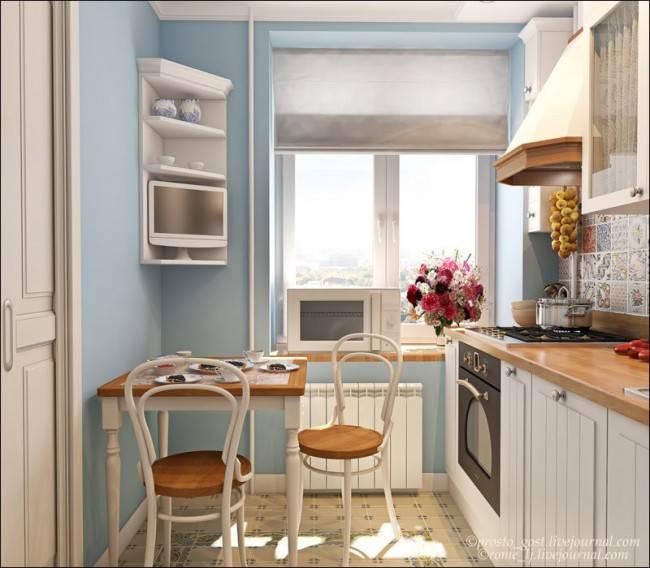 Компактная обеденная зона на маленькой кухне