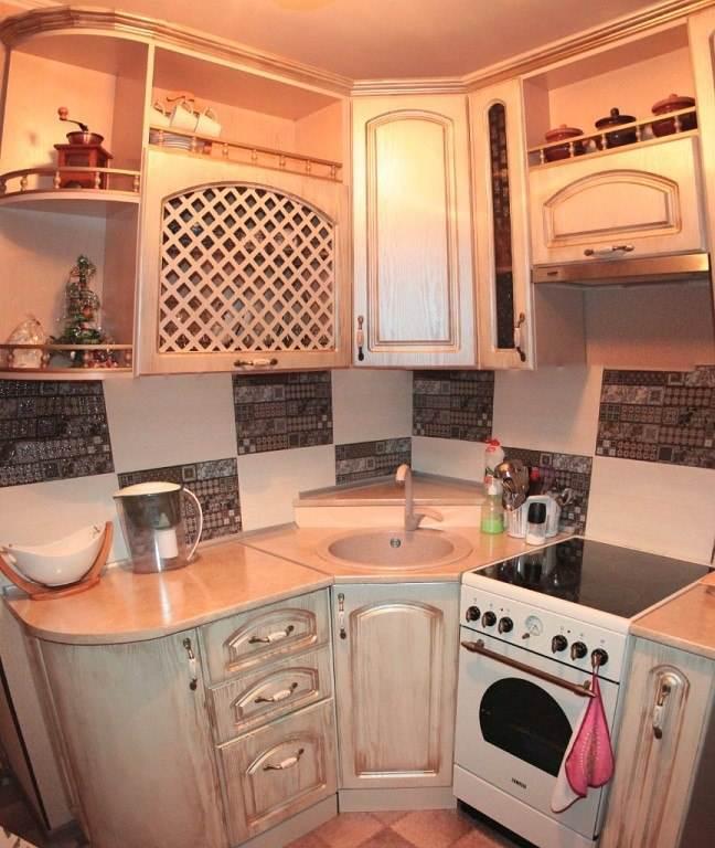 Угловая кухня для малогабаритной кухни своими руками 93