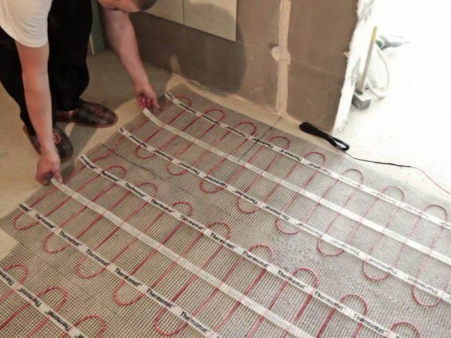 Тёплый пол на кухне. Сколько электричества потребляет и нужен ли вообще?