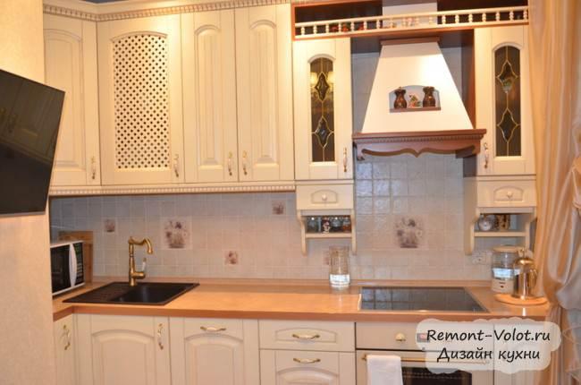 Дизайн светлой классической кухни