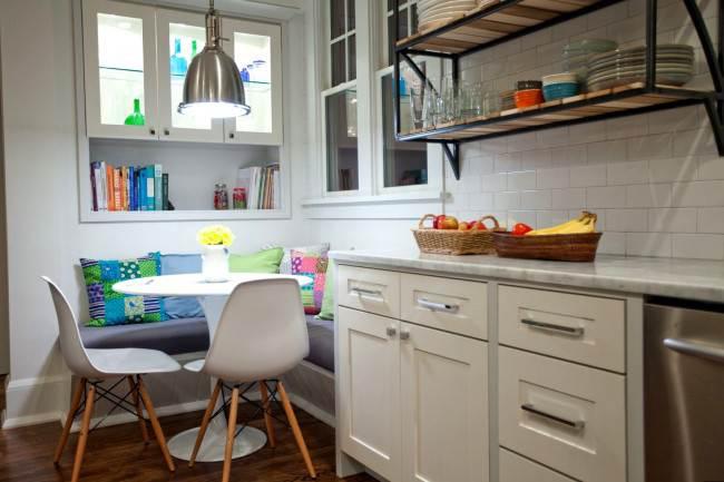Маленький диван на кухне. 10 стильных интерьеров