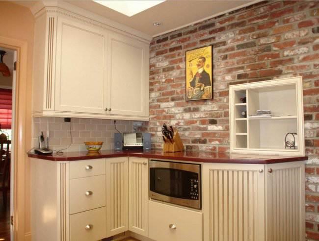 12 идей, как использовать кирпич в интерьере кухни