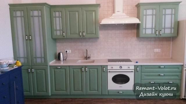 Кухня с встроенной винтажной техникой