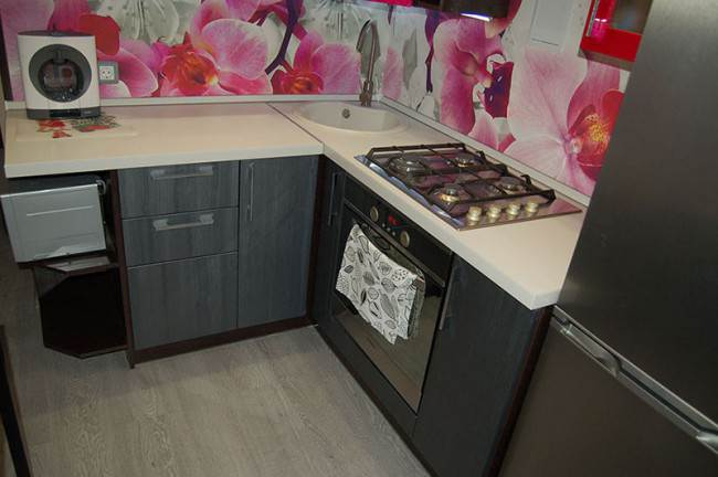Пошаговый отчет о самостоятельном ремонте кухни 6 кв.м