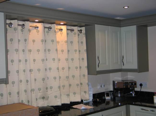 Короткие шторы в стиле минимализм