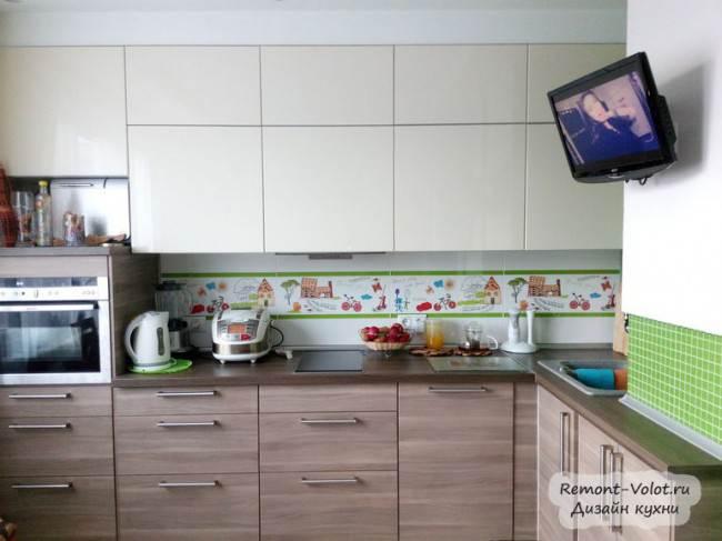 Бежевая угловая кухня
