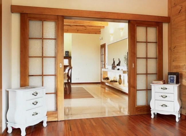 Дверные полотна со стеклом в кантри-стиле