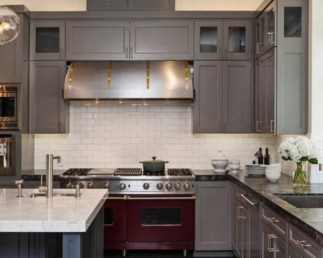Дизайн угловой кухни. Фото новинок 2017 года
