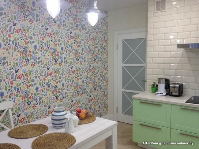 30 вариантов использования плитки и обои для отделки кухни