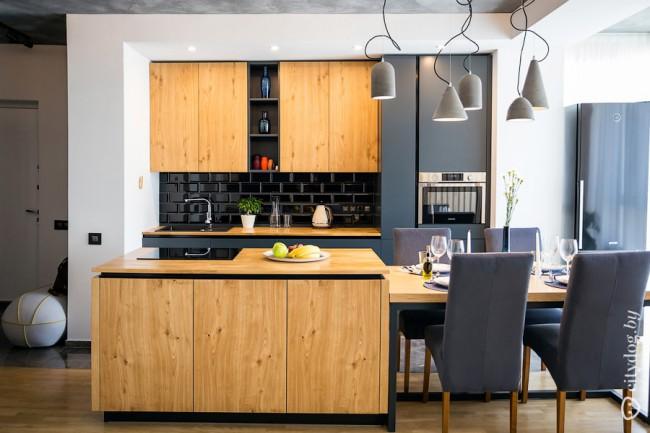 Кухня с элементами лофта