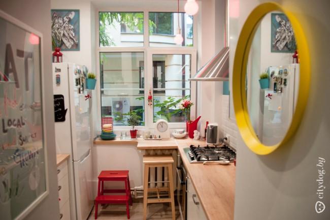 5-метровая кухня без верхних шкафов для молодой пары из Минска