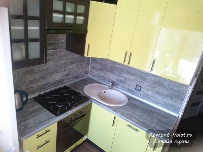 Маленькая кухня 5,5 кв м из Леруа Мерлен